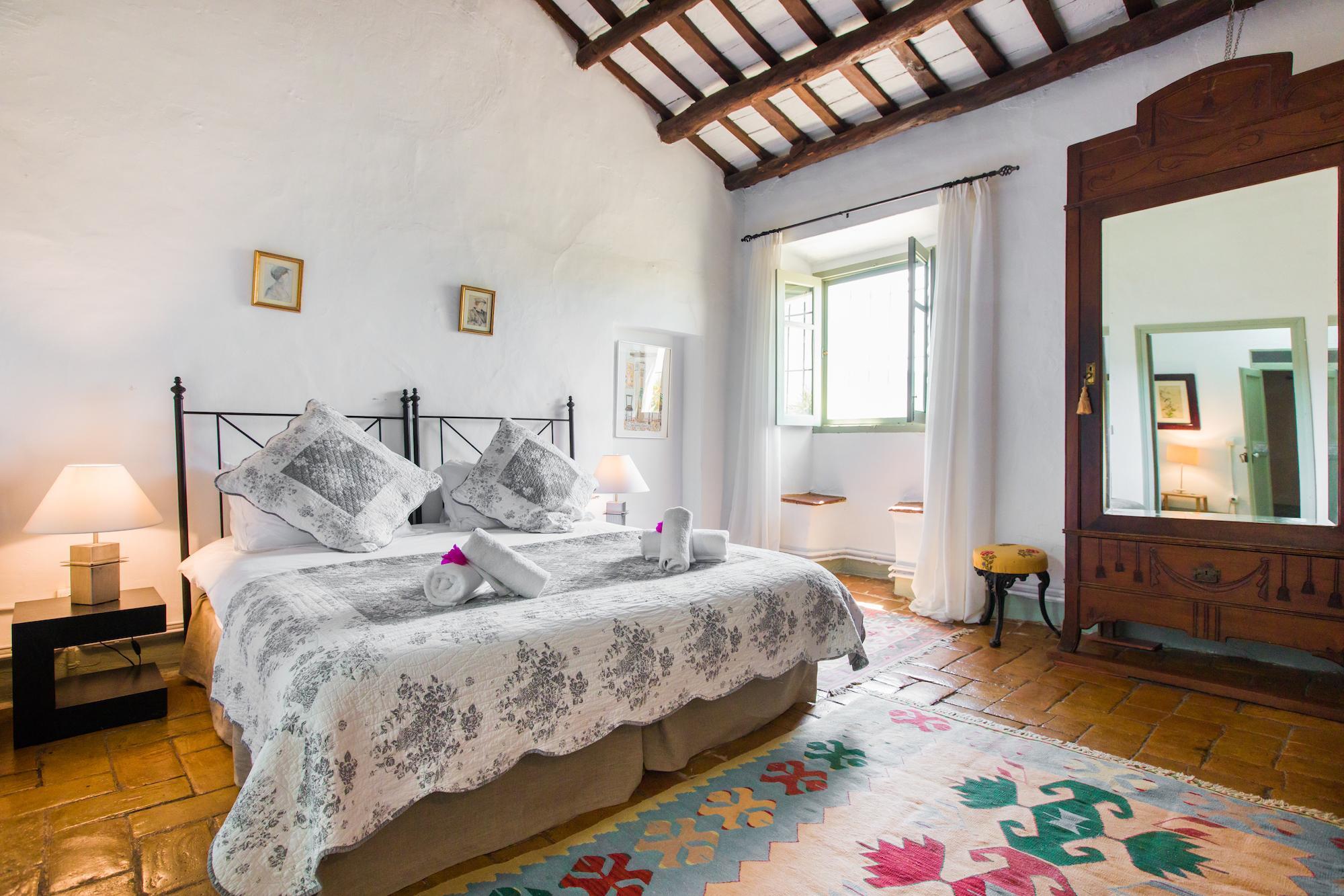 Large Barcelona Villa Poblet Room