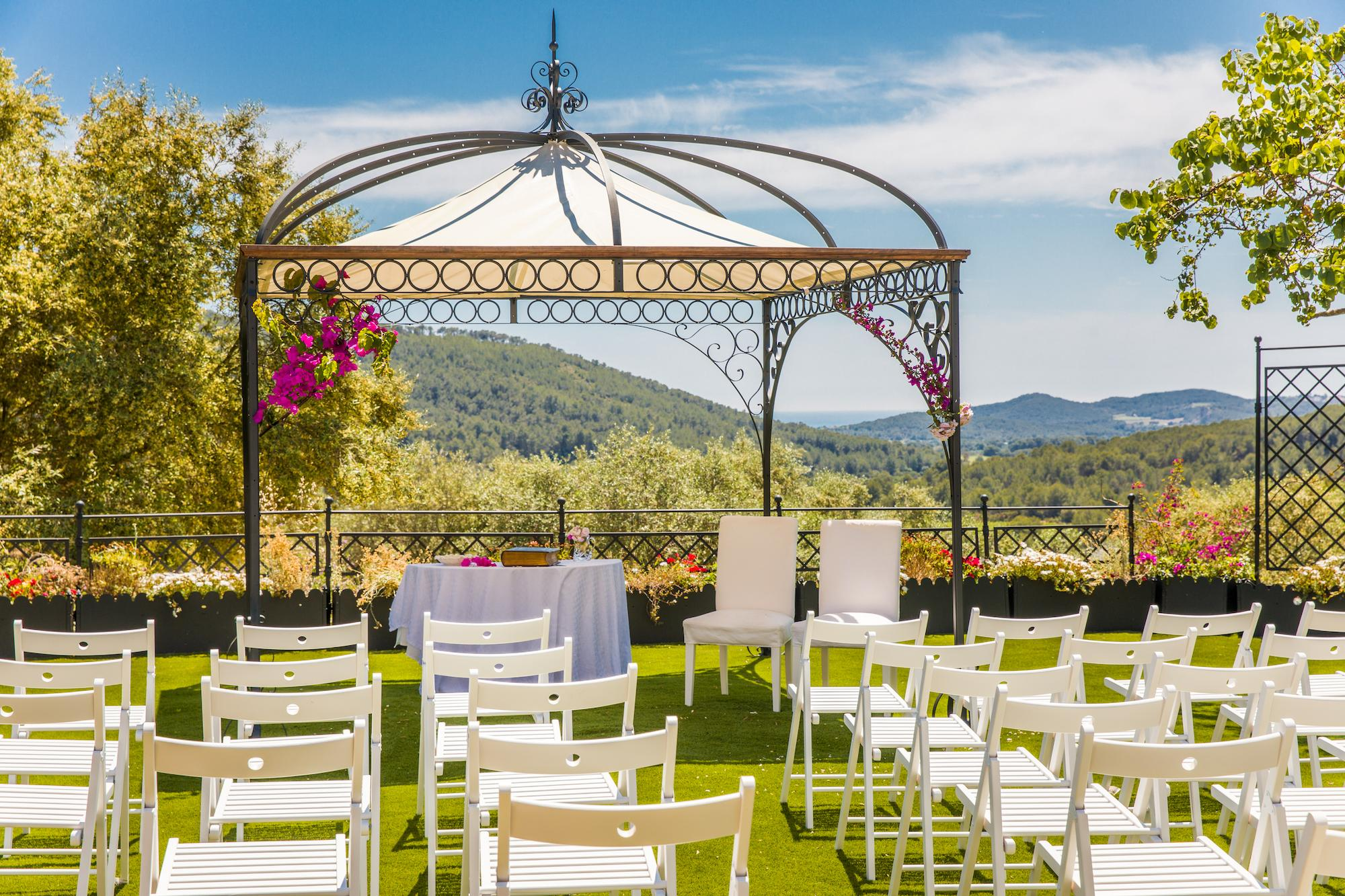 Large Barcelona Villa Wedding Venue